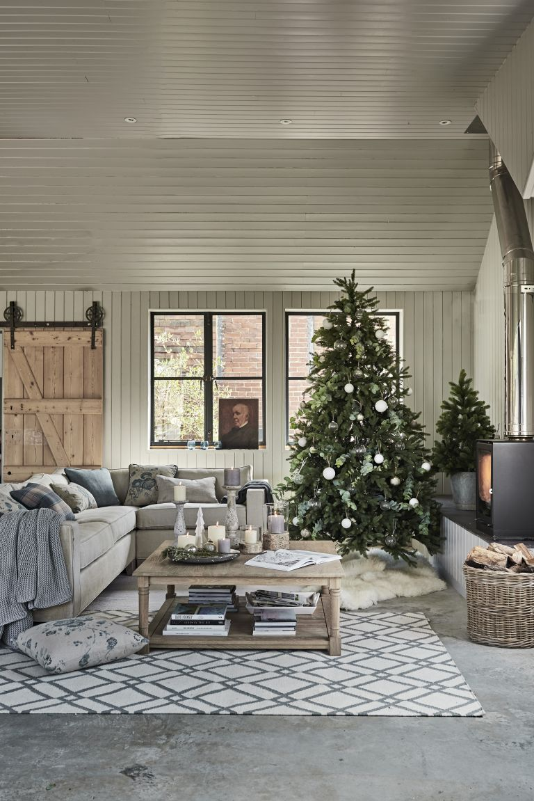 Cosy Christmas living room by Neptune