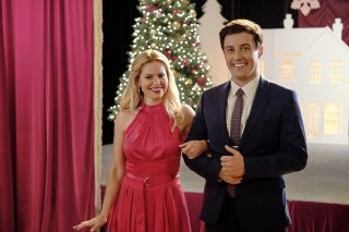 Candace Cameron Bure and Robert Markus star in Hallmark Channel's 'If I Only Had Christmas'