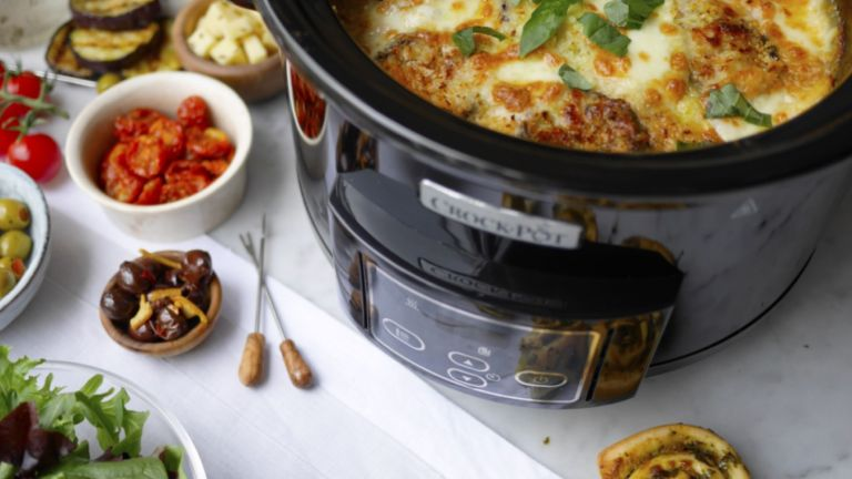 best slow cooker: crockpot