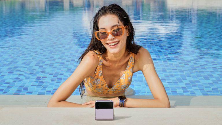 Samsung Galaxy Z Flip 3 pre-order deals