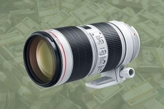 No need for Black Friday! Pick up a Canon 70-200mm f/2.8 lens with £220 cashback!