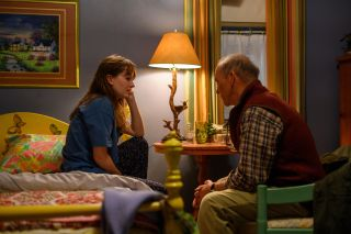 Kailyn Dever and Michael Keaton in Dopesick