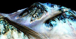 Hale Crater's dark, narrow streaks