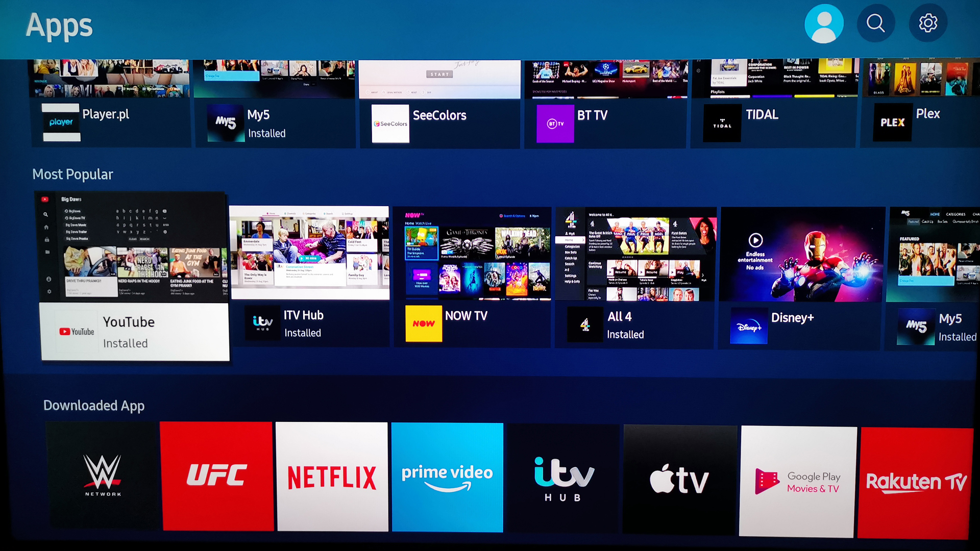 A look at the guide and apps available on the Samsung Q80T QLED TV