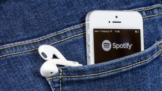 Spotify in dad or mom jeans