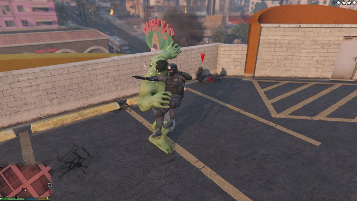 GTA 5 Hulk mod now lets you bodyslam NPCs from helicopters at 10,000