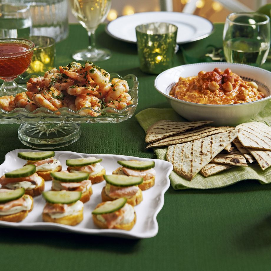 Roasted Red Pepper Houmous with Tortillas Recipe