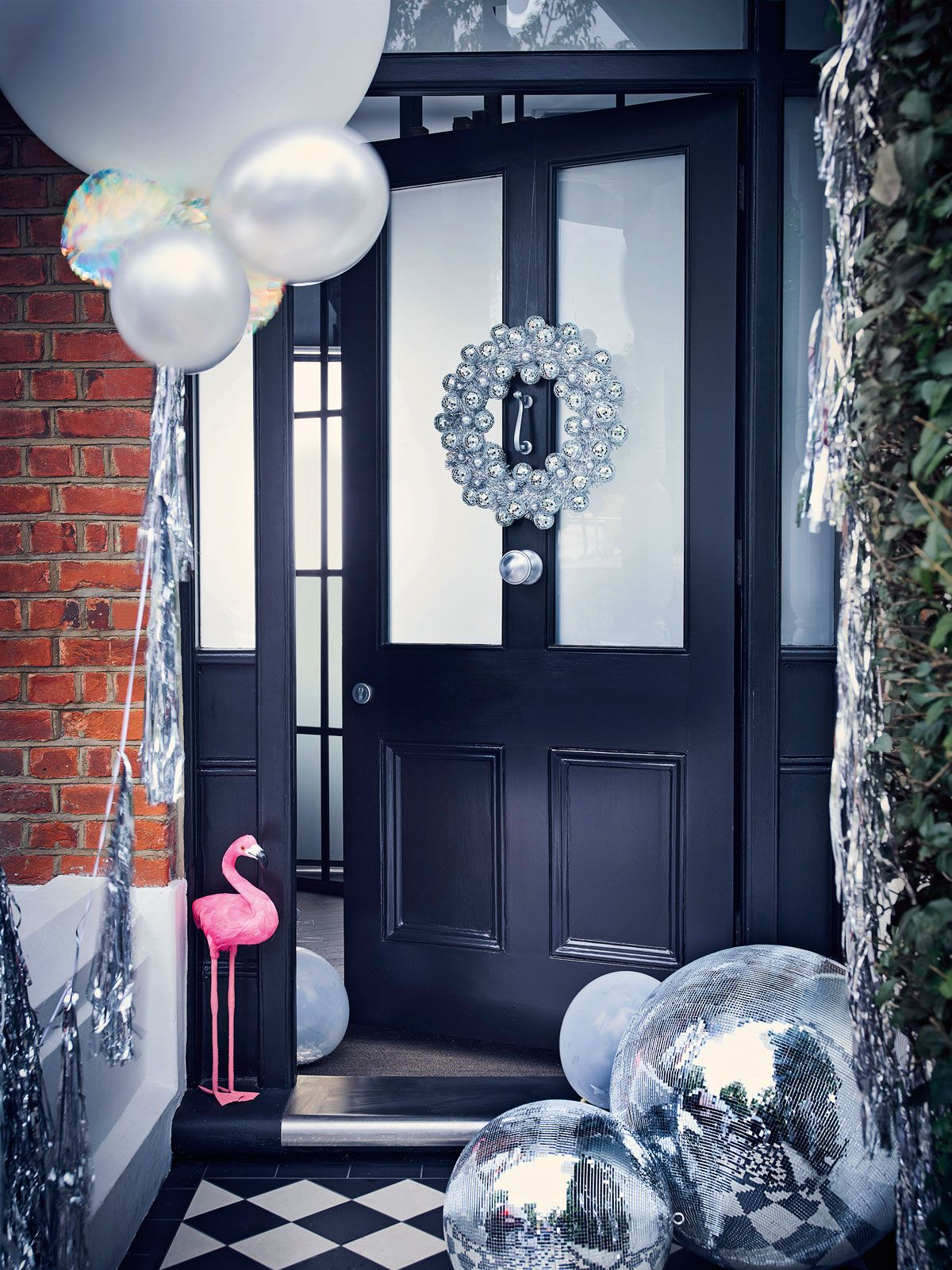 Be inspired by the disco Christmas decorating trend