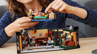 Lego sets for adults Friends Central Perk