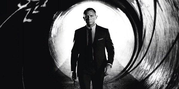 Skyfall Daniel Craig James Bond standing inside the gun barrel