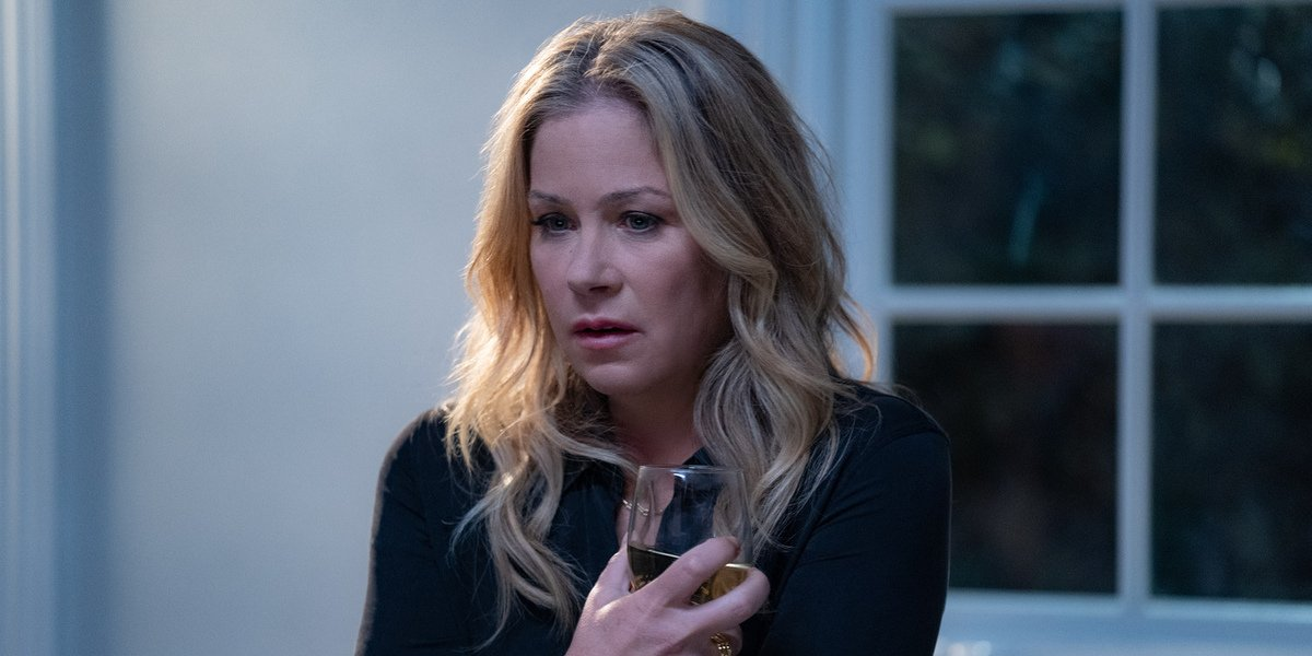 Dead To Me Star Christina Applegate Reacts To Netflix Show Ending With Season 3