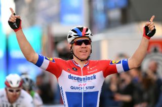 VALENCIA SPAIN FEBRUARY 09 Arrival Fabio Jakobsen of The Netherlands and Team Deceuninck QuickStep Celebration during the 71st Volta a la Comunitat Valenciana 2020 Stage 5 a 977km stage from Paterna Valencia VueltaCV VCV2020 on February 09 2020 in Valencia Spain Photo by David RamosGetty Images