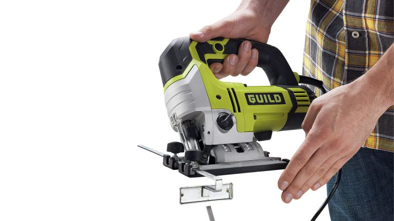 Best jigsaw 2019 for cutting through wood, metal and plastic