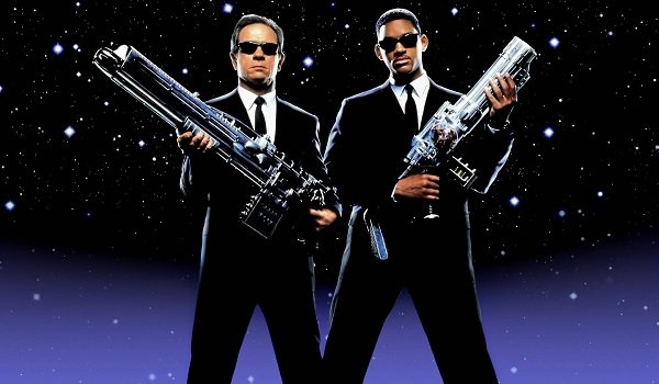 Men in Black Agents J and K packin' heat