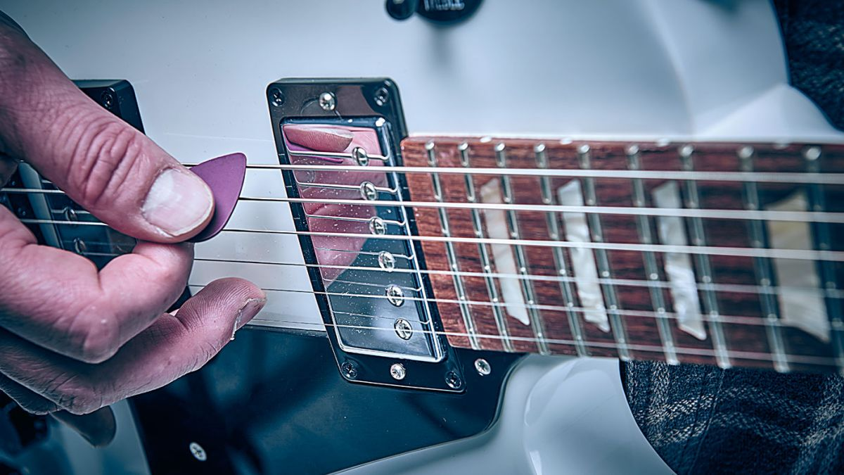 Guitar skills: Improve your blues guitar leads in 20 minutes