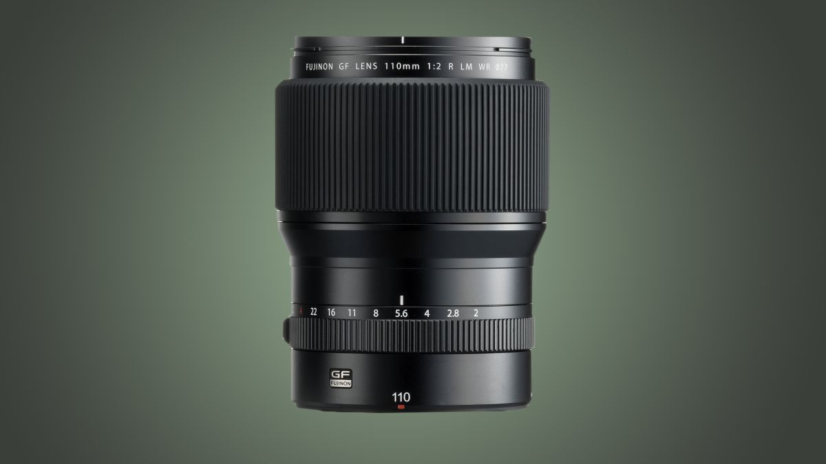 Bokeh monster Fujifilm 80mm f/1.7 lens is set to be released early 2021