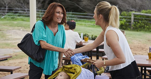 Liz and Irene Roberts introduce themselves to each other in Home and Away.