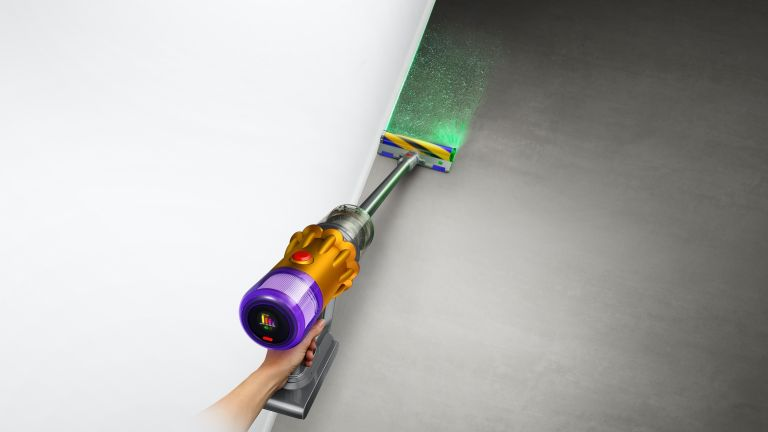 Dyson V12 Detect Slim with Laser Slim Fluffy cleaning head