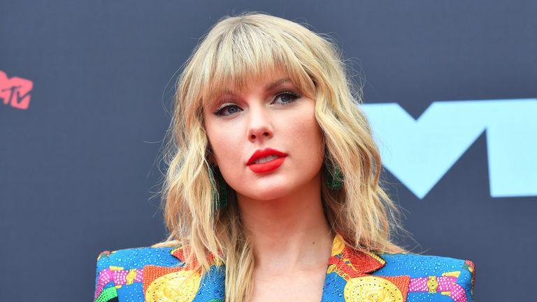 Celebrity Venmo, Taylor Swift, TikTok