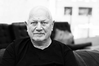 "Steven Berkoff: ""I have pics that are worthy of Cartier-Bresson"""
