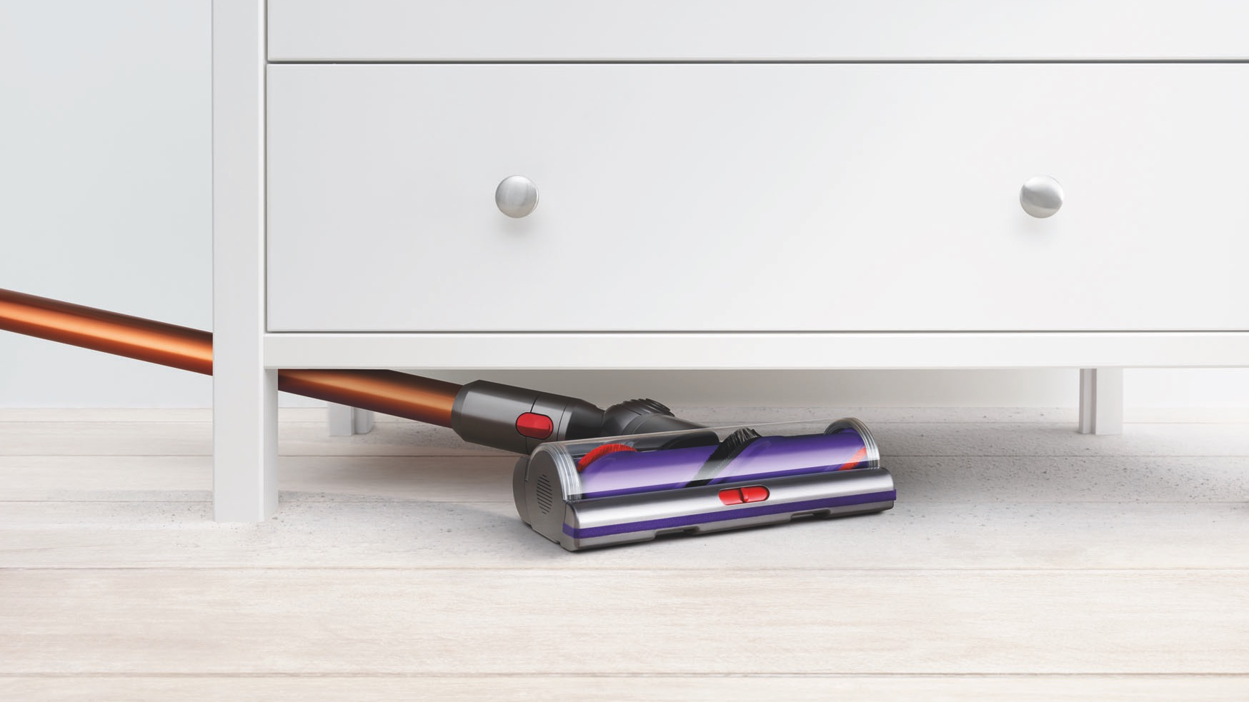 Best Vacuum Cleaners 11 Vacuums From Cordless Dyson To Robot Roomba Techradar