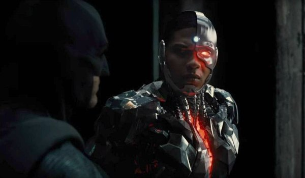 Cyborg with batman in Justice League