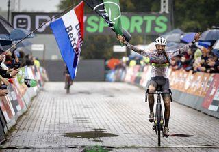 Lucinda Brand (Baloise Trek) wins the Superprestige Gieten