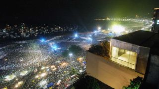 The Rolling Stones play Copacabana Beach