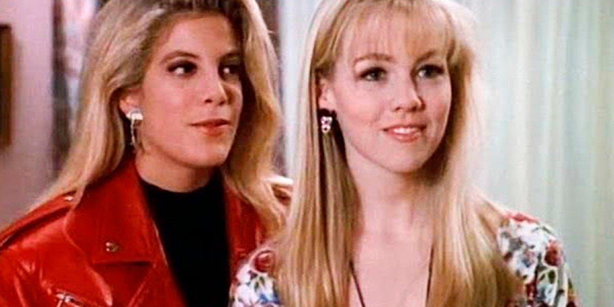 Tori Spelling, Jennie Garth - Beverly Hills 90210