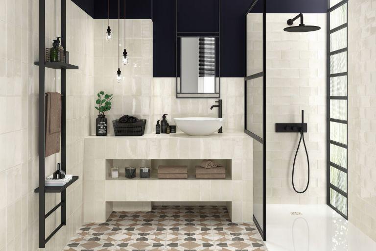 Basement bathroom ideas: porcelain tiles in bathroom