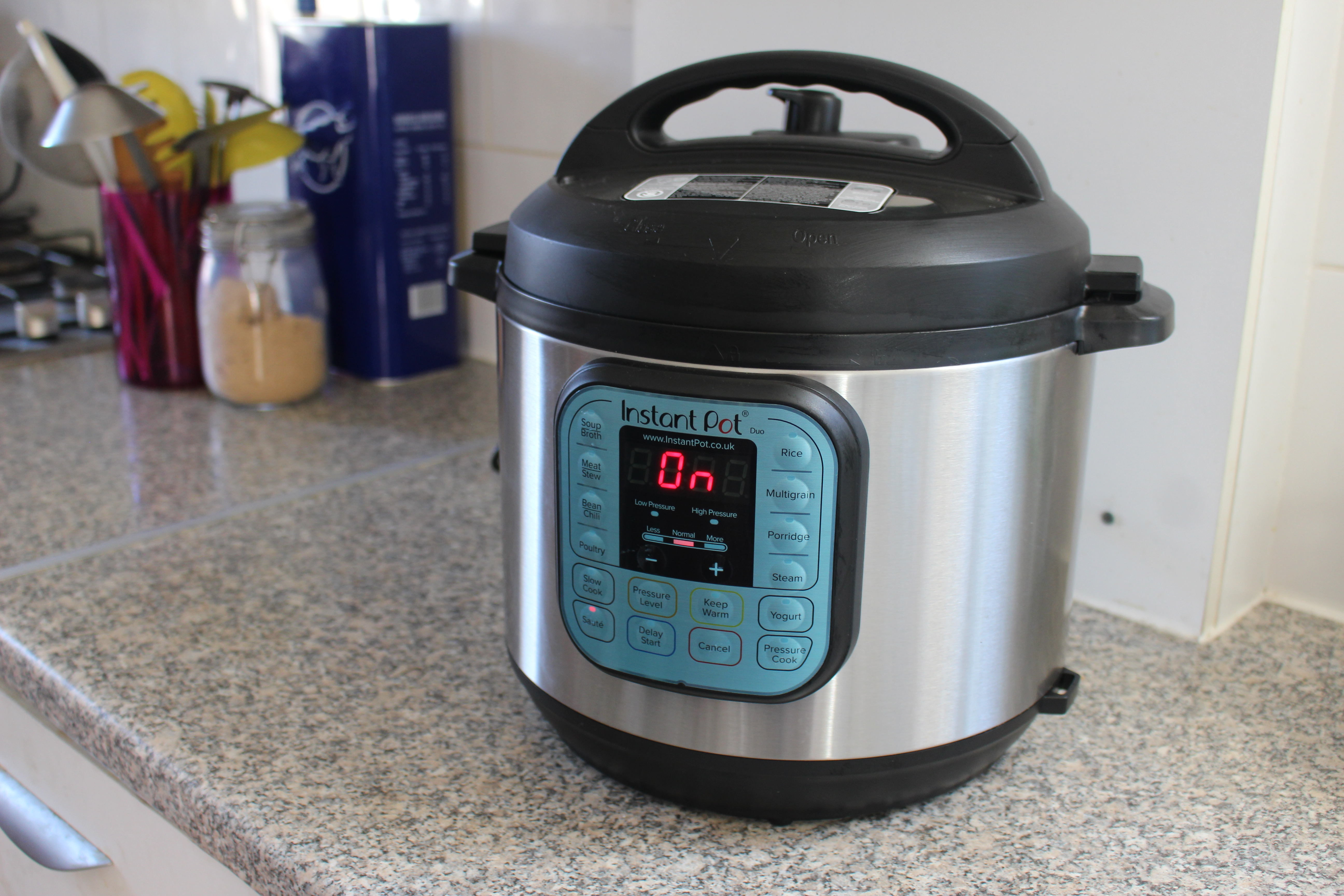 Best Instant Pots: 6 best multi-cookers that double as pressure cookers and slow cookers thumbnail