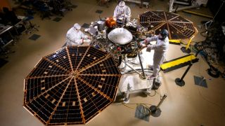 InSight uses a supersonic parachute for touchdown | Credit: NASA / JPL-CALTECH