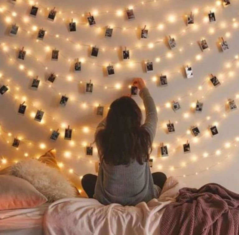LED lighting: Fairy lights in a bedroom by Walmart