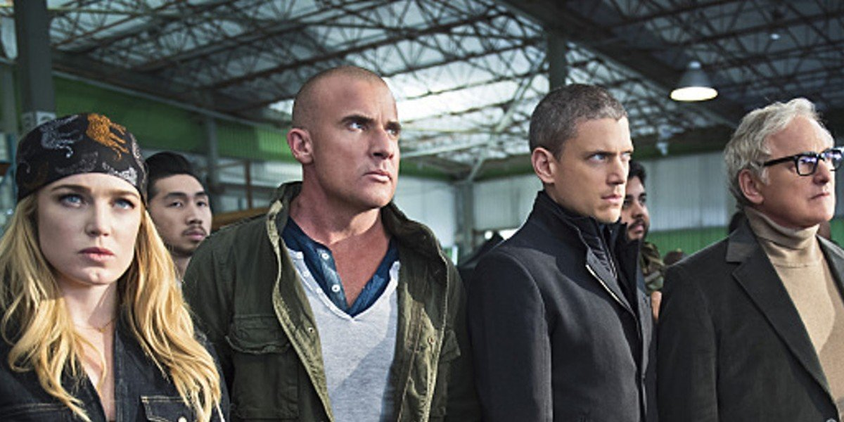 Caity Lotz, Dominic Purcell, Victor Garber, and Wentworth Miller in Legends of Tomorrow