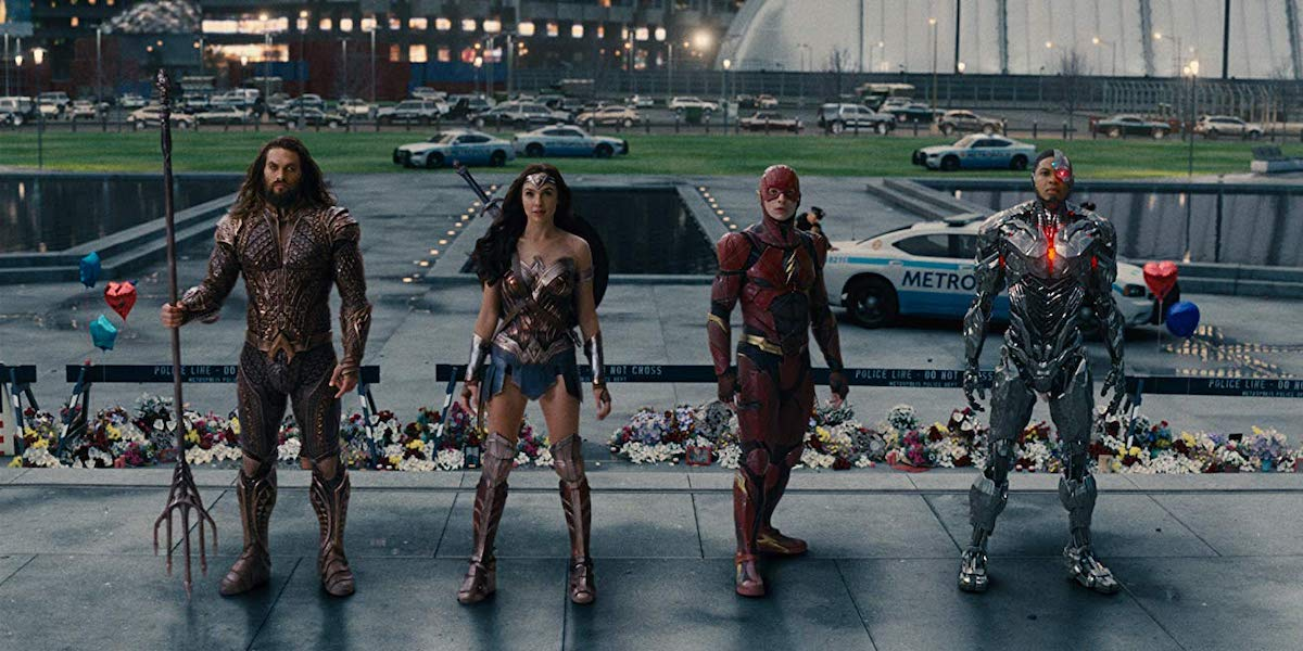 Jason Momoa, Gal Gadot, Ezra Miller and Ray Fisher in Justice League