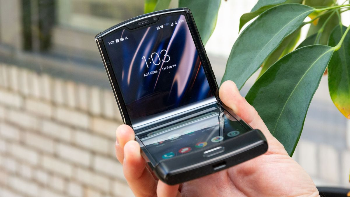 Motorola Razr 2 release date may be four months away with big specs boost - TechRadar South Africa