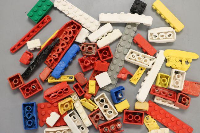Tijolos de Lego podem sobreviver mais de 1.300 anos no oceano