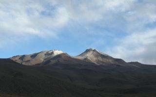 An enormous amount of water has been discovered locked up in molten rock beneath Cerro Uturuncu volcano in the Bolivian Altiplano.
