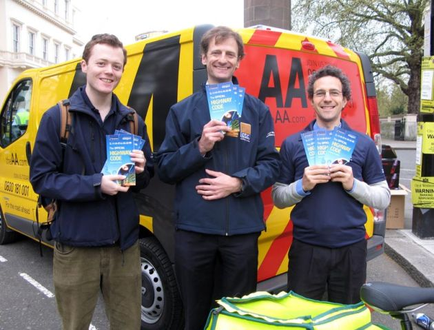 CTC give away Highway Code to drivers in London
