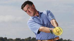 hooking the golf ball