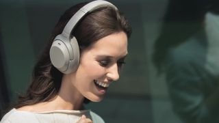 Sony wireless headphone deal