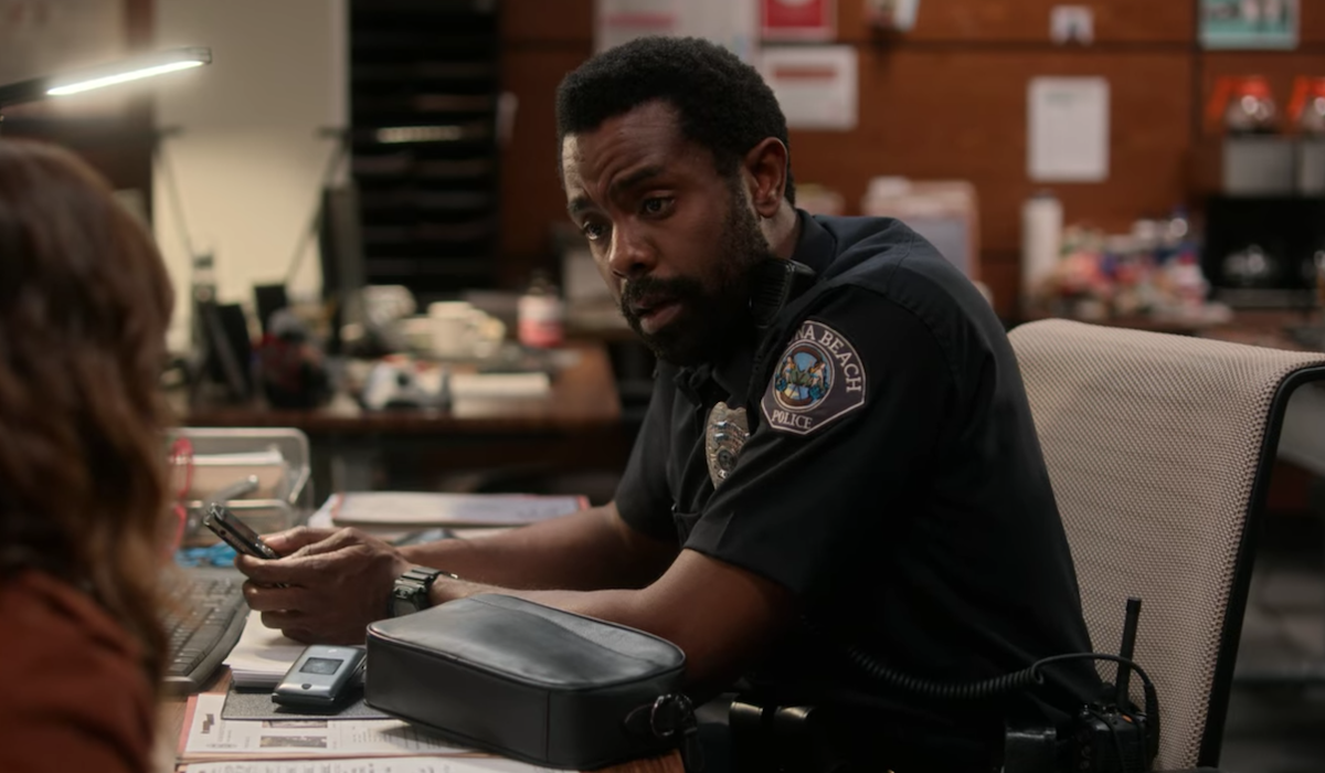 dead to me season 2 nick prager police office