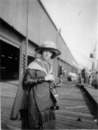 An undated photograph of Elizabeth Williams.