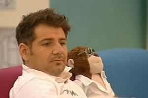 Big Brother: Teddy bears' picnic!
