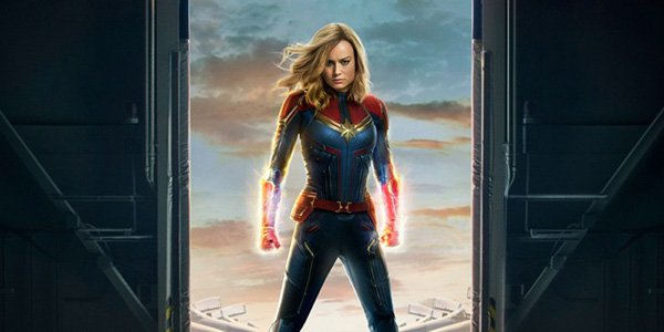 captain marvel first look at her suit
