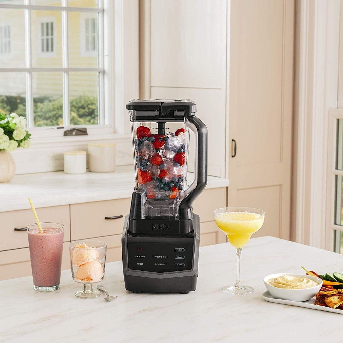 Cyber Monday Deal: Ninja Smart Screen Blender Hits Lowest Price Ever