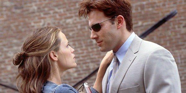 Ben Affleck blind as Matt Murdock in Daredevil 2003 with Jennifer Garner