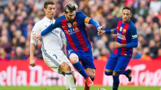 Ronaldo Is Historic But Doesn T Compare To Messi Xavi Fourfourtwo