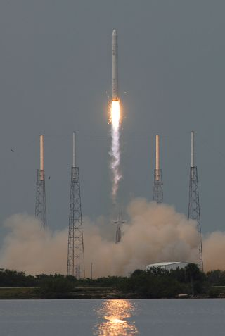 SpaceX Falcon 9 first flight
