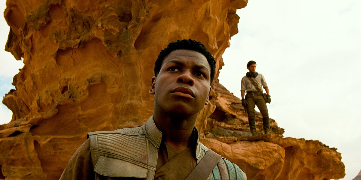Finn and Poe on lookout